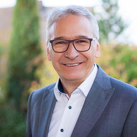 Dr. Jürgen Nebel